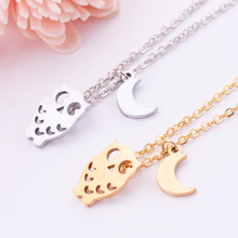 Valentine Day Gift Free Shipping 2015 fashion jewelry stainless steel owl necklace with tiny moon charm gold / silver(China (Mainland))
