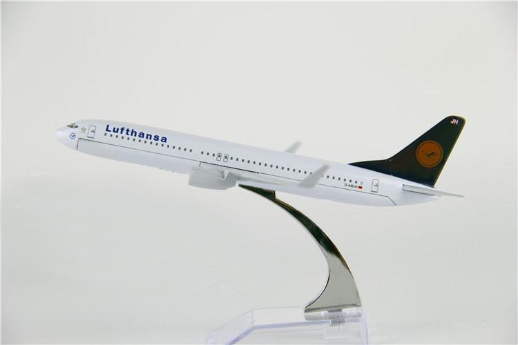 New Air Germany Lufthansa Airline Airbus A380-800 Passenger Airplane Plane Aircraft Metal Diecast Model Collection Free Shipping(China (Mainland))