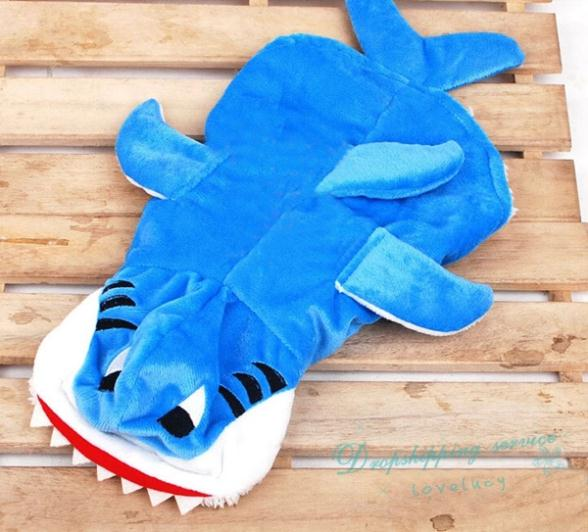 Cute Pet Dog Clothes Two Feet Shark Pattern Dog Winter Clothes Thick Warm Coat Pet Products Free Shipping(China (Mainland))