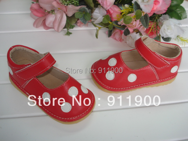 Red with white polka dots Baby Girl Squeaky Shoes(China (Mainland))