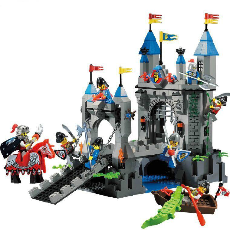 Enlighten Castle Series Medieval  Knight Castle Drawbridge Model  Building Blocks Sets Minifigures Compatible With Lego 546PCS<br><br>Aliexpress