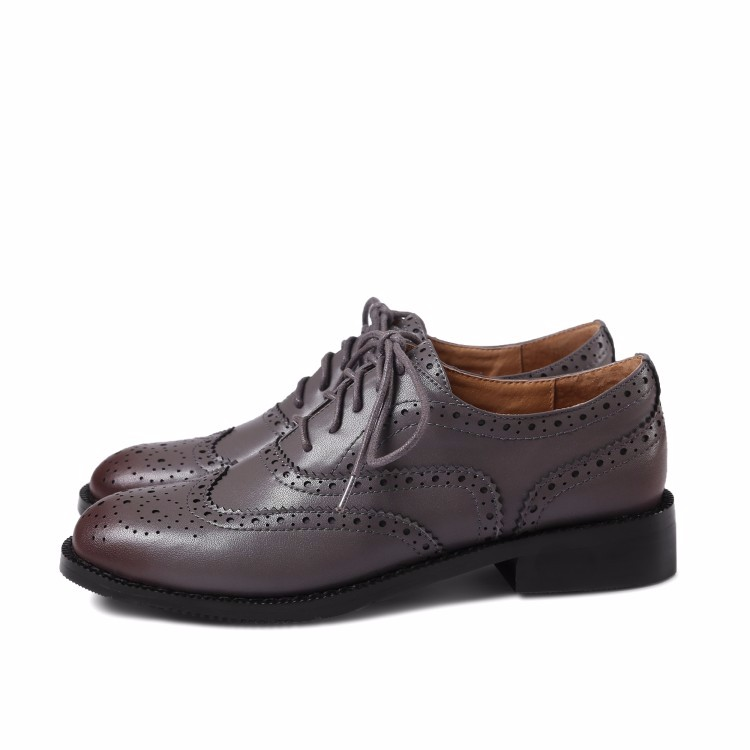 Genuine leather flat Oxford Shoes Woman flats brown 2017 Fashion Fretwork Vintage British style Brogue Oxford shoes women flats