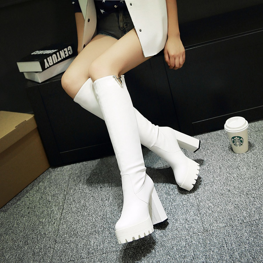 Фотография 2015 winter New Snow Knee Boots Women Sequined Rhinestone Knee Boots Fashion Breath Solid Color Knee boots size 34-39 R446
