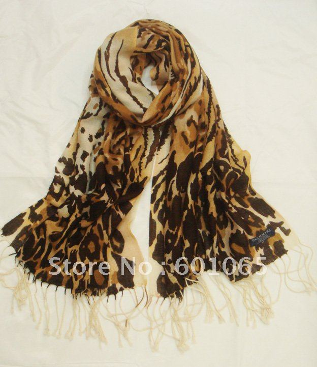 w082308 100% pashmina shawl in leopard printed pattern with size 195cm*65cm with fringe for free shipping(China (Mainland))