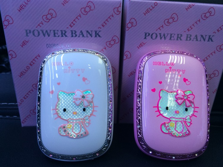 Luxury hello kitty Power Bank 12000mAh High Quality portable battery charger For iphone6 5 5s IOS Android phones no beads chain