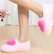 Fashion Soft Sole Woman Indoor Floor Slippers Shoes Antiskid Warm Winter Shoe Big love Hearts Bottom Plush Home Slippers tx004