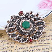 Kinel Baru Vintage Turki Wanita Bunga Bros Emas Antik Warna Resin Bros Liontin Dual-Purpose Wanita Etnis Perhiasan(China)