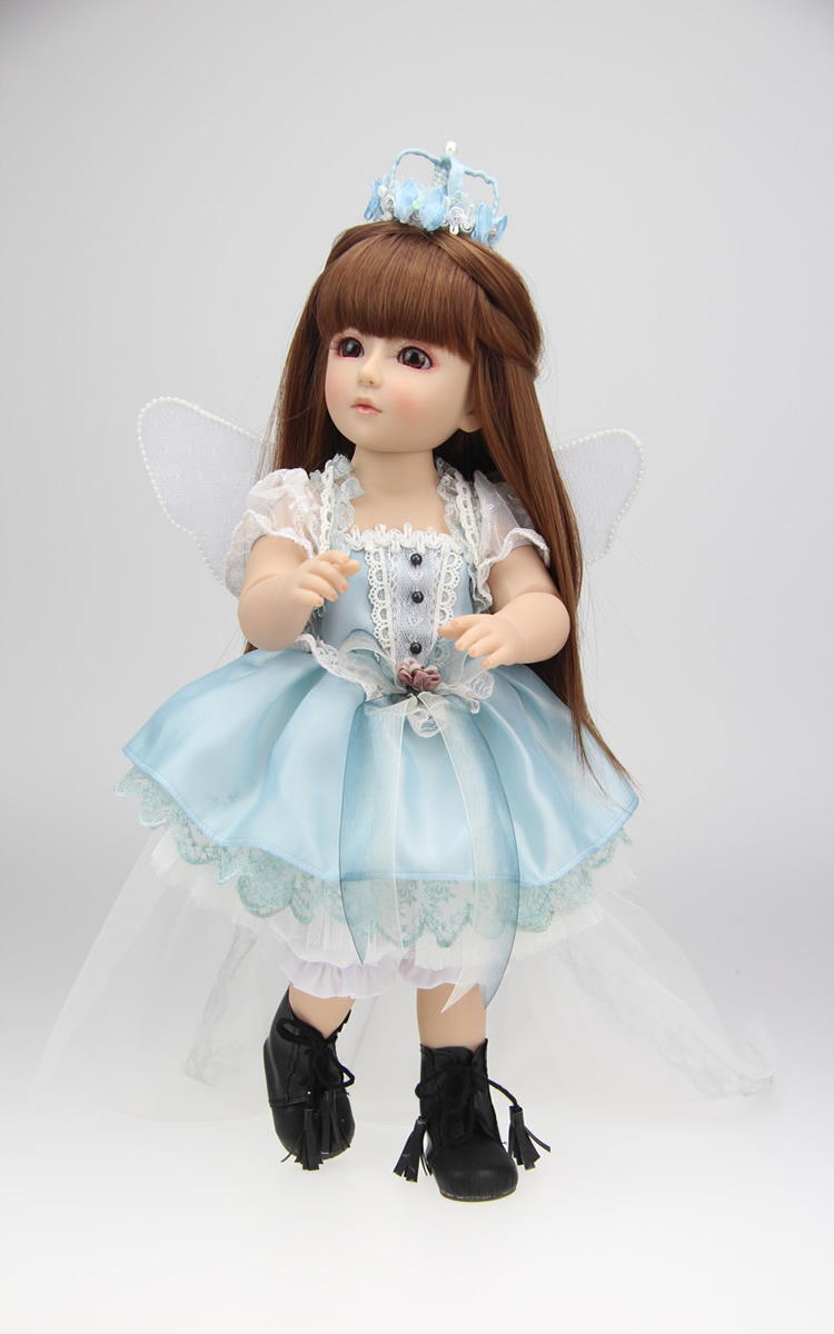 Girl Toys Doll : Girl toy american doll angle clothes beautifully