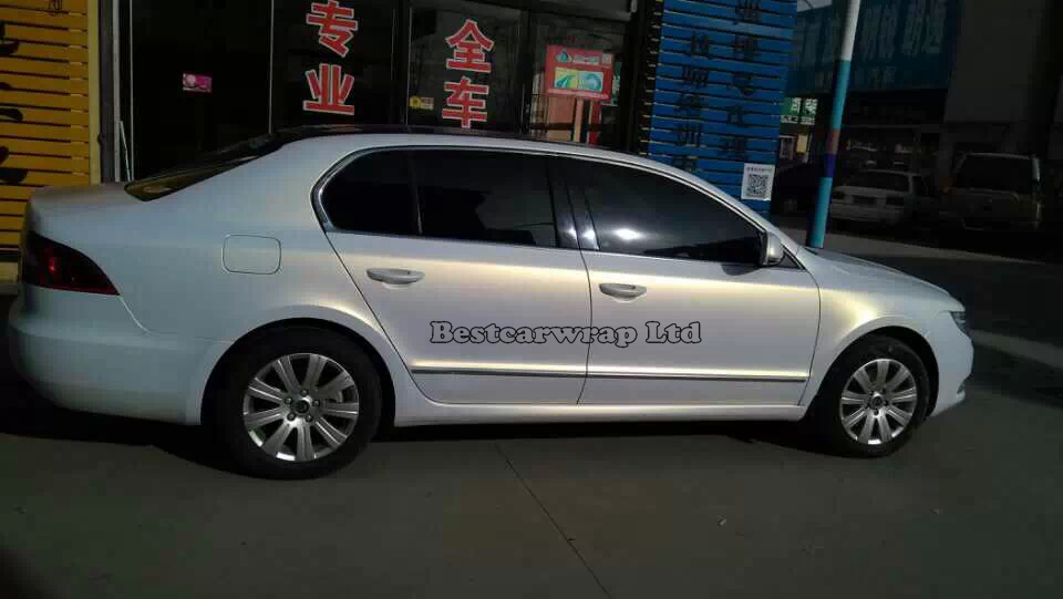 Peral White To Gold Vinyl Wrap White Pearlescent Matte Vinyl Car