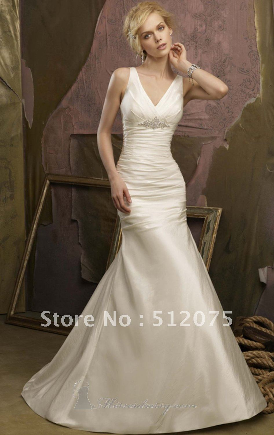 Wedding dresses for mother of the groom nicole miller for Nicole miller beach wedding dress