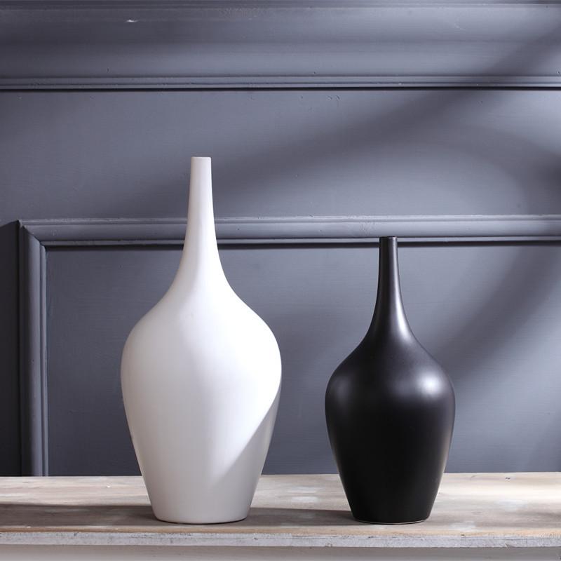 Porcelain Minimalist Black White Vase the Living Room Decoration Home Furnishing Creative Modern Arrangement Single Flower Vases