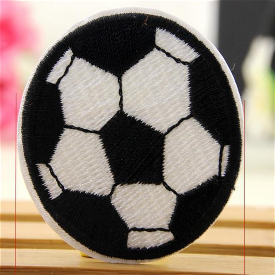 1Pcs Football Patch for Clothing Iron On Embroidered Sew Applique Patch Fabric Clothes Badge Garment DIY Apparel Accessories(China (Mainland))