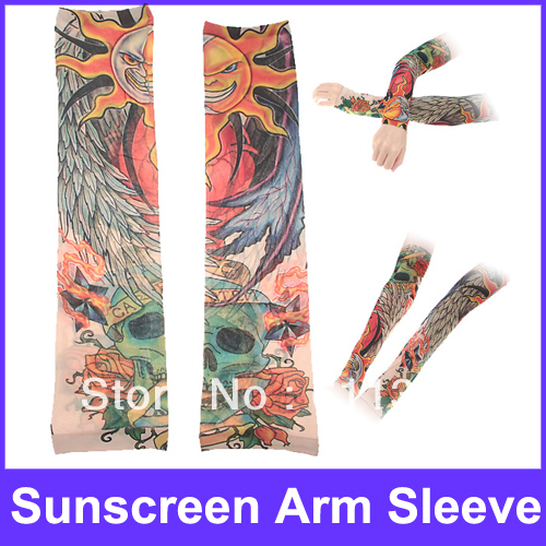 Features with Tattoo Design Sunscreen Arm Sleeve