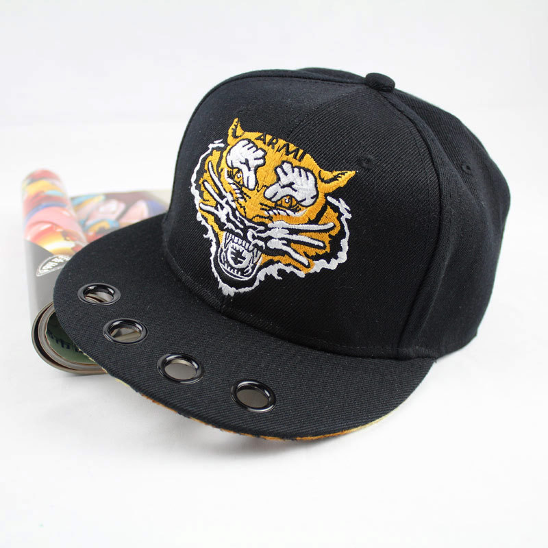 tiger head Snapback hats Men & Women Brand adjustable skateboard bone top quality Casquettes gorras bones baseball caps(China (Mainland))