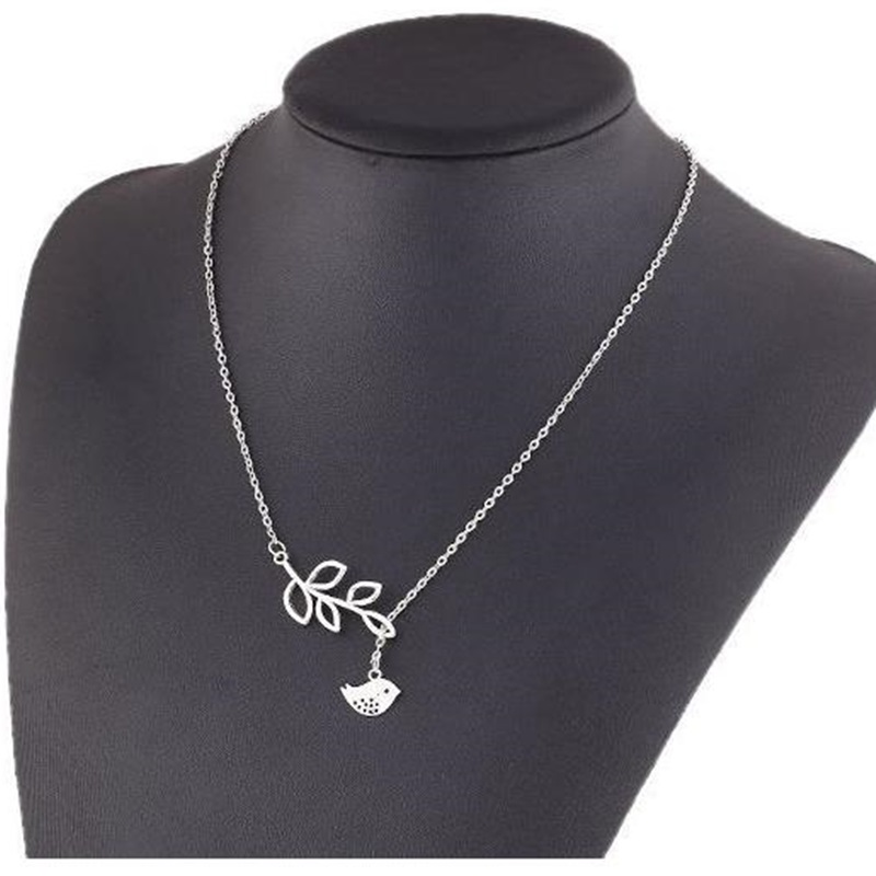 Cute Silver Tiny Bird Pendant Necklace Unique Design Hollow Out Leaf Neck Chain Charm Party Jewelry(China (Mainland))