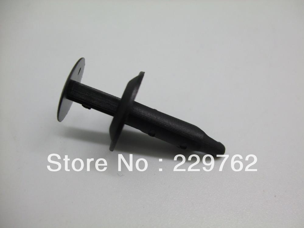 100pcs free shipping nylon black fascia retainer for Mustang/Capri 1985-On for N8037166-S plastic snail fateners quto plastic