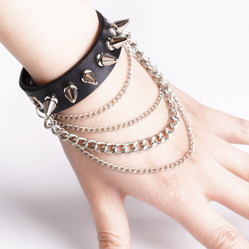 Spike Charm Bracelet Metal Rivet Wristbands Bracelet Jewelry Punk Style Man PU Leather Charm Bracelet(China (Mainland))