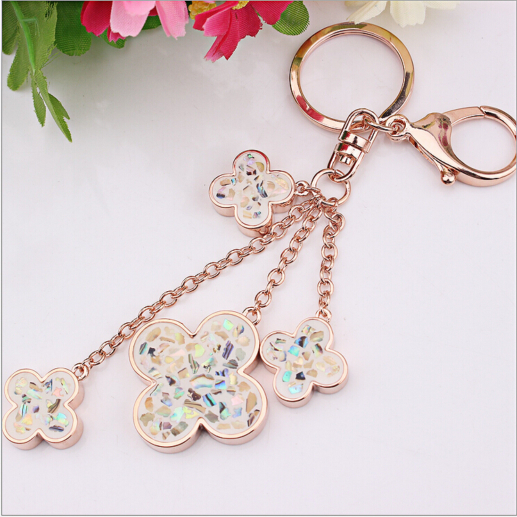 Latest Hot-selling Fashion Korean Metal Keyring Dangle Clover Charms Keychains Luxury Jewelry