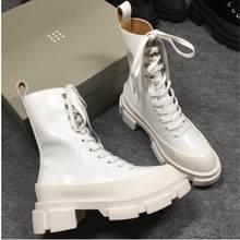 Punk tarzı platformu düz topuk yarım çizmeler kadınlar için kadife dantel kadar gerçek deri perçinler çivili motosiklet martin kısa botas(China)