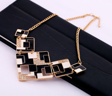 GR JEWELRY Hot Sale Alloy Black White Square Color With Rhinestone Necklace For Women Short Necklaces(China (Mainland))
