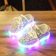 Eur25-37//USB Charging Basket Led Children Shoes With Light Up Kids Casual Boys&Girls YEEZY Sneakers Glowing Shoe enfant(China (Mainland))