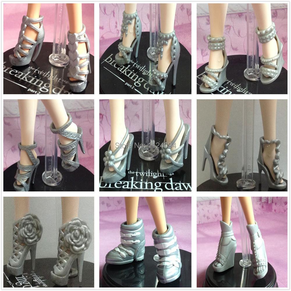 Original Fashion Doll Shoes (5).jpg