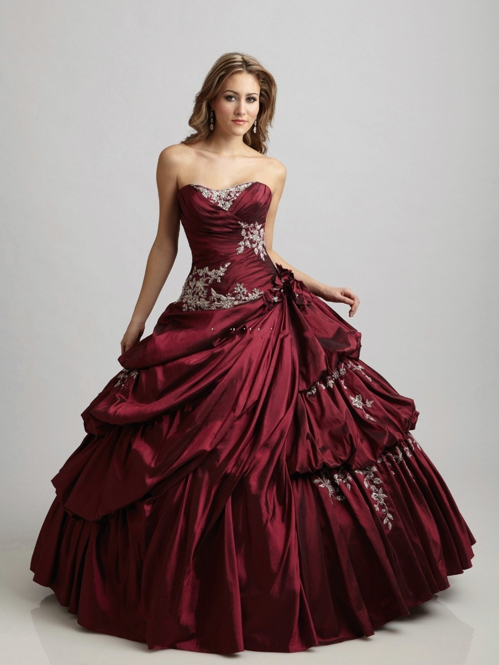 Cecelle 2016 vintage gothic burgundy royal blue ball gown for Wedding dress red colour
