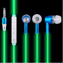 2016 New Glow In The Dark Earphones Luminous Headphones Night Light Glowing Headset In-Ear Stereo Sport Headphone With Mic(China (Mainland))