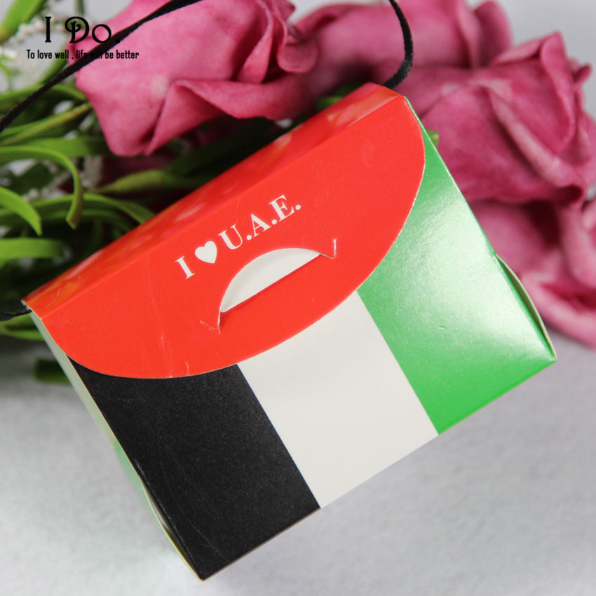 Free Shipping 10pcs I LOVE UAE Wedding Favor Boxes Wedding Candy Box Casamento Wedding Favors And Gifts Event & Party Supplies(China (Mainland))