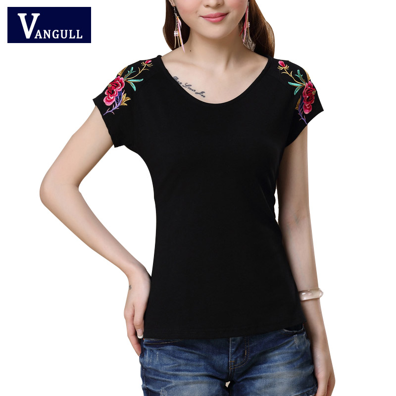 Ethnic Elegant Lotus Petal Floral Embroidery T Shirt 2017 Fashion Summer New Cute Clothes For Women Large Size Casual Tops