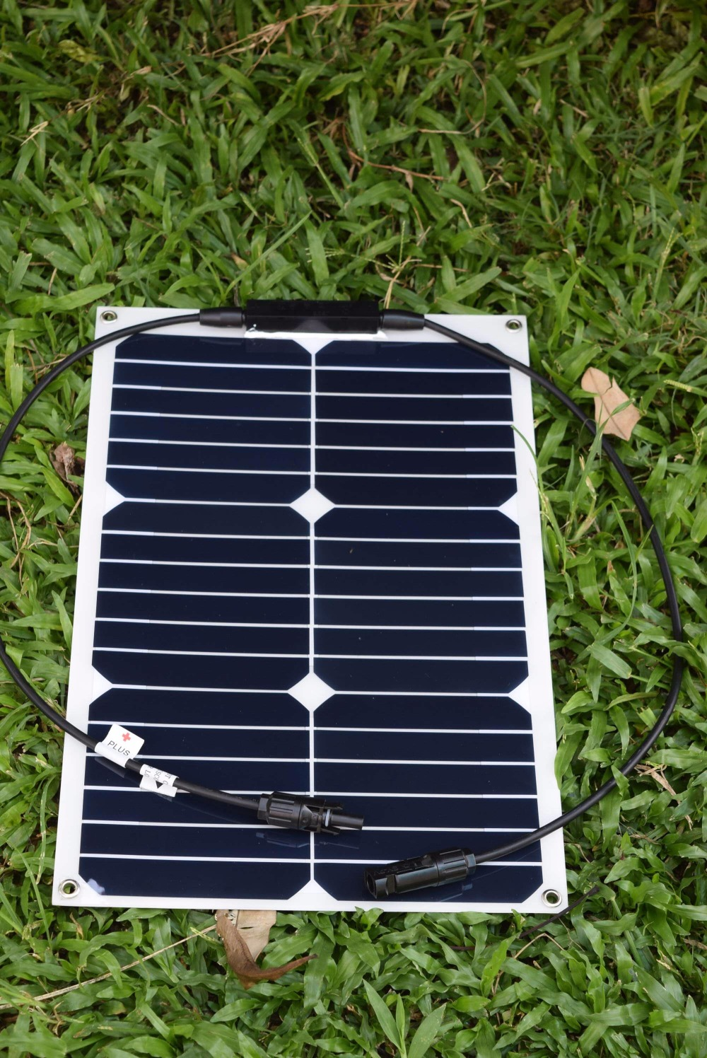 Solarparts 2x18W flexible solar panel solar module 125*125mm solar cell system 12V chargeabl battery boat yacht marine sun power(China (Mainland))