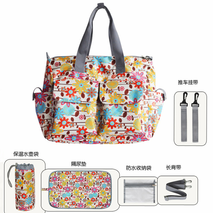 Baby Care Product 2016 Fashion Diaper Bag Waterproof Mommy Changing Bags High Quality Baby Messenger Tote Bags 10 Colors