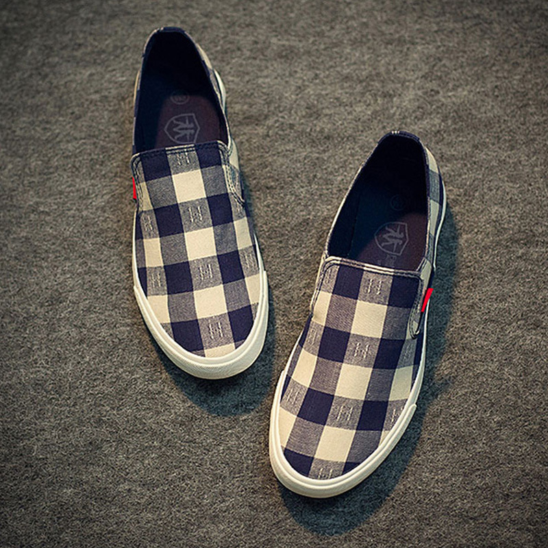 Low Top Spring and Autumn Canvas Shoes Men Casual Plaid Shoes High Quality Flats Men Fashion Brand Students Shoes Red Black XZ04(China (Mainland))