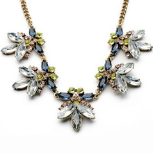 Multicolor Crystal Flower Statement Necklace Women Rhinestone Necklaces Pendants Jewelry Colar For Gift Party