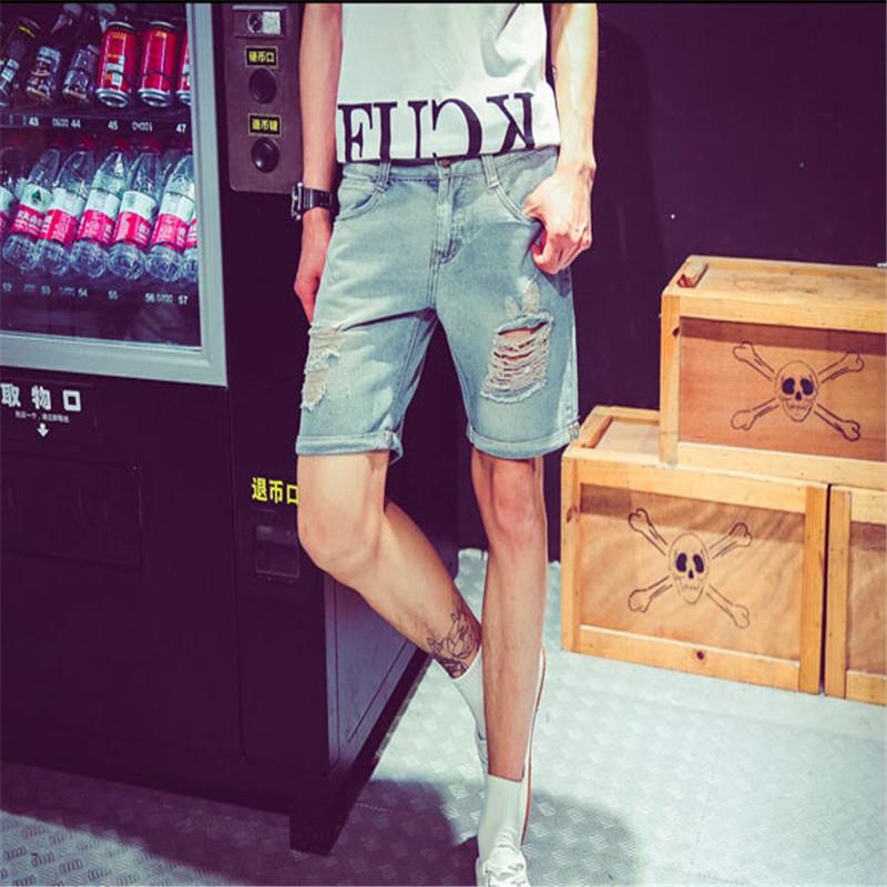 2015 the latest men's fashion hole denim shorts(China (Mainland))
