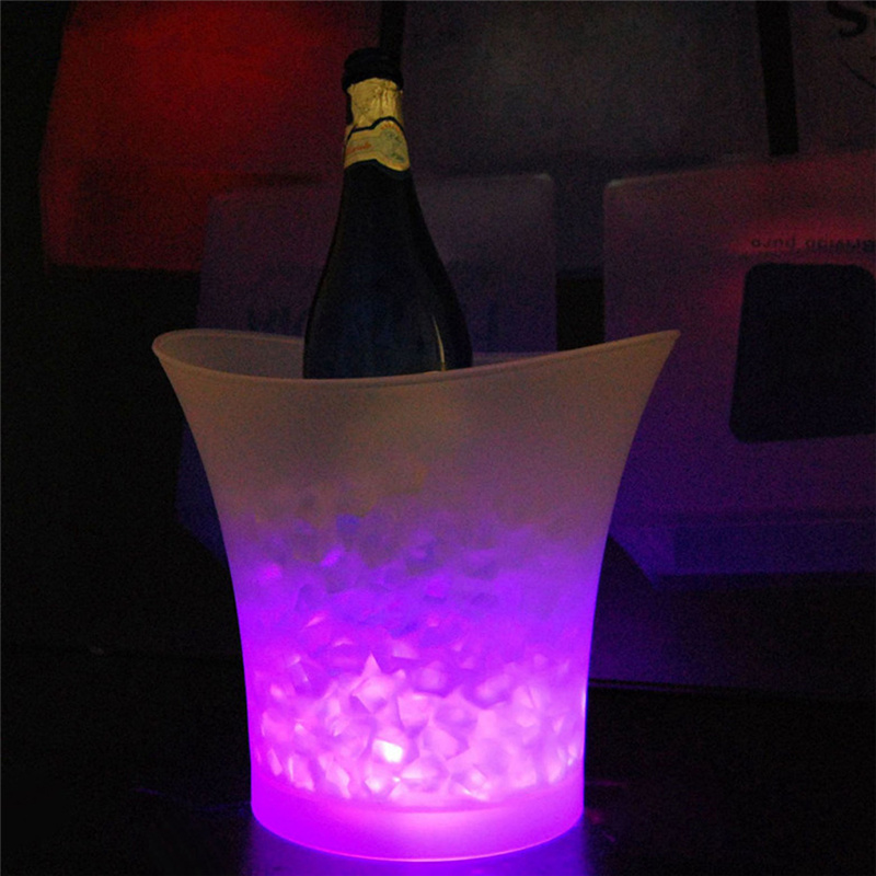 Portable Waterproof Plastic Ice Bucket with LED Lights 5 Colors 5 Liter for Bars Night Clubs Homes Champagne Wine Beer Holder(China (Mainland))