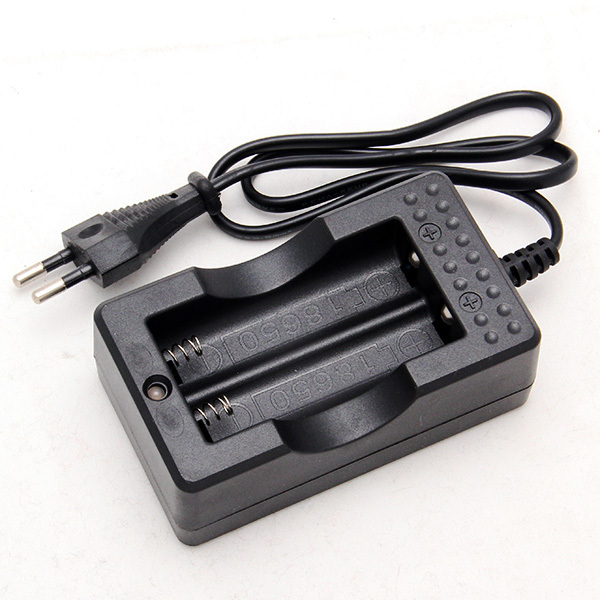 Free Shipping Travel Charger for 18650 Rechargeable Li-Ion Battery EU Plug Hot Sale
