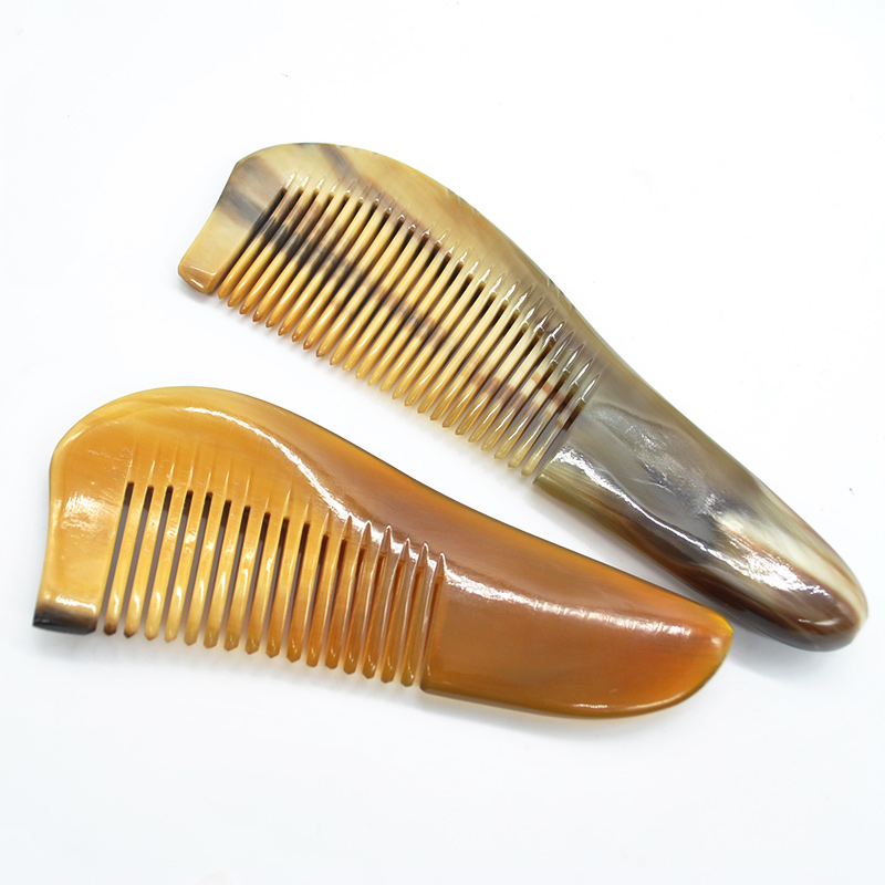 2016 NEW Mustache Combs Natural Amber Ox Horn Comb Of Hair No Static Health Care Hair Brush Hairdressing Comb Free Shipping(China (Mainland))