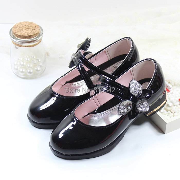 2015 Spring Autumn Children's Leather Shoes Girls Rhinestone Bow Princess School Shoes Ploughboys Shiny Footwear For Kids(China (Mainland))