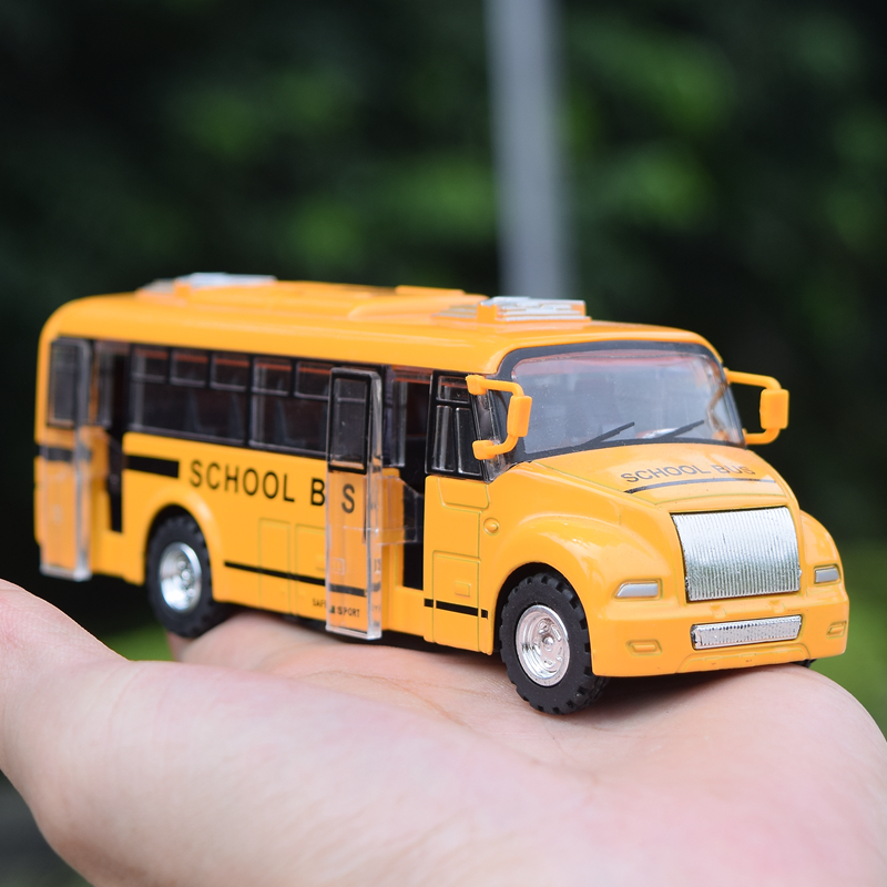 New Free Shipping Alloy Emulational Car Model Toys Classic America School Bus Pull Back Cars Doors Can Open For Baby Toys Gifts(China (Mainland))