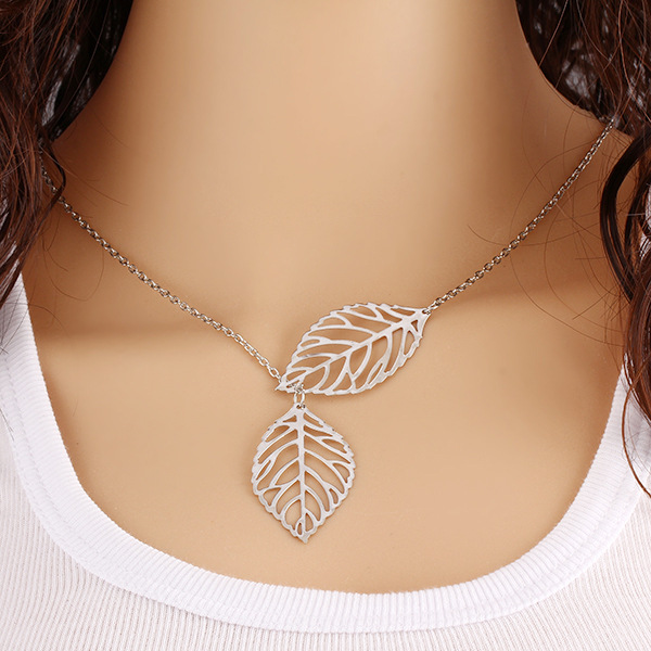 Retro Jewelry Women Choker Necklace Leaf Design Ladies Vintage Chain Link Collar Necklace Punk Style Girls Cocktail Ornament(China (Mainland))