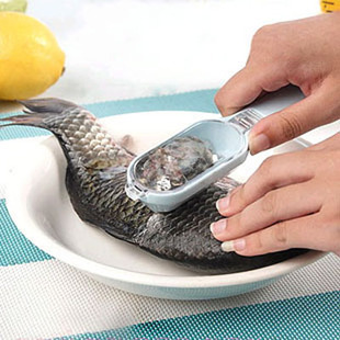 free shipping new easy self collect fish scale cleaner,fish scale scraper,scale scraping knife,brush 5PCS/LOT