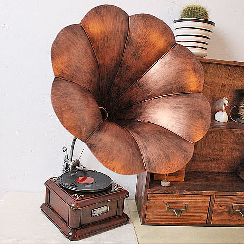 Vintage Style Metal Iron Retro Gramophone Model Shabby Chic Disk reproducer Model Sound Player Model(China (Mainland))