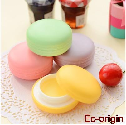 Brand Fashion Cute Candy Lips Macaron gift makeup 4 kinds of fruit nature organic lip balm lipstick Cute round makeup(China (Mainland))