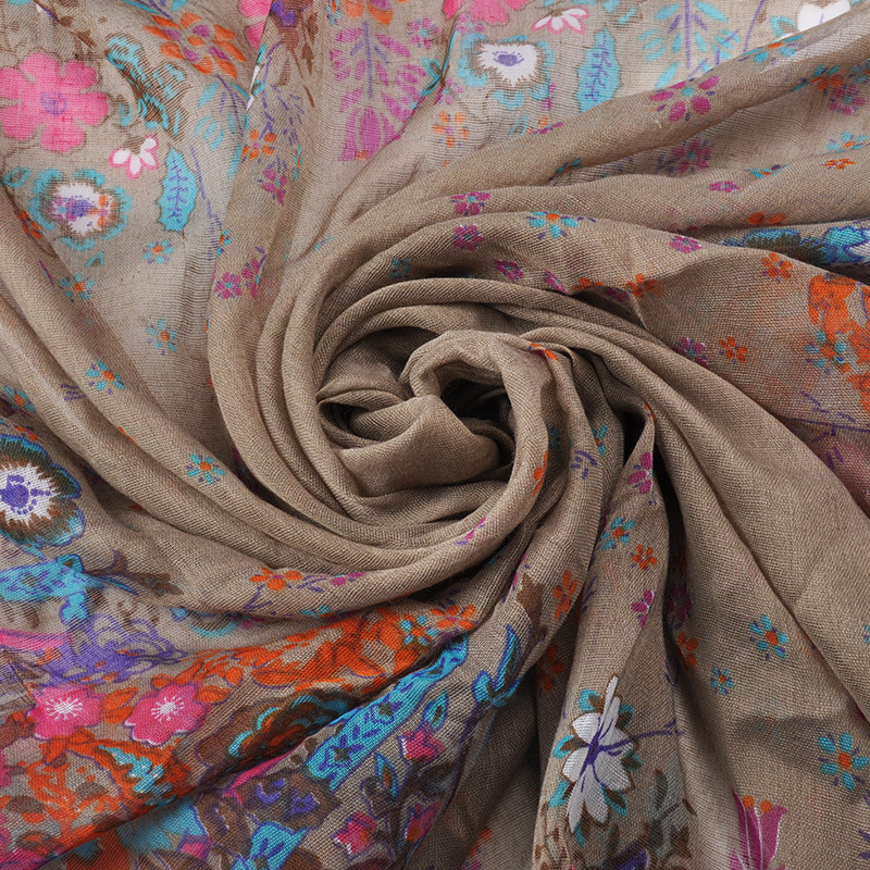 New Spring and Autumn Silk Scarf Thin Retro Small Square Flower Folk Bandanas Scarfs Muslim Hijab Cachecol Masculino Scarves(China (Mainland))