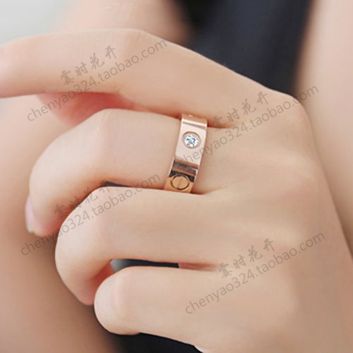 Korean fashion love couple on the ring titanium steel 18k rose gold ring men and women Platinum Pinky pinky finger accessories(China (Mainland))