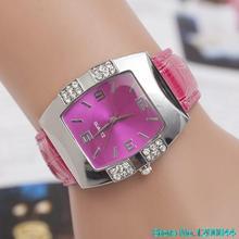 Nuevas de la llegada mujeres Rhinestone barril caso de la forma de imitación de cuero banda de cuarzo analógico reloj de pulsera