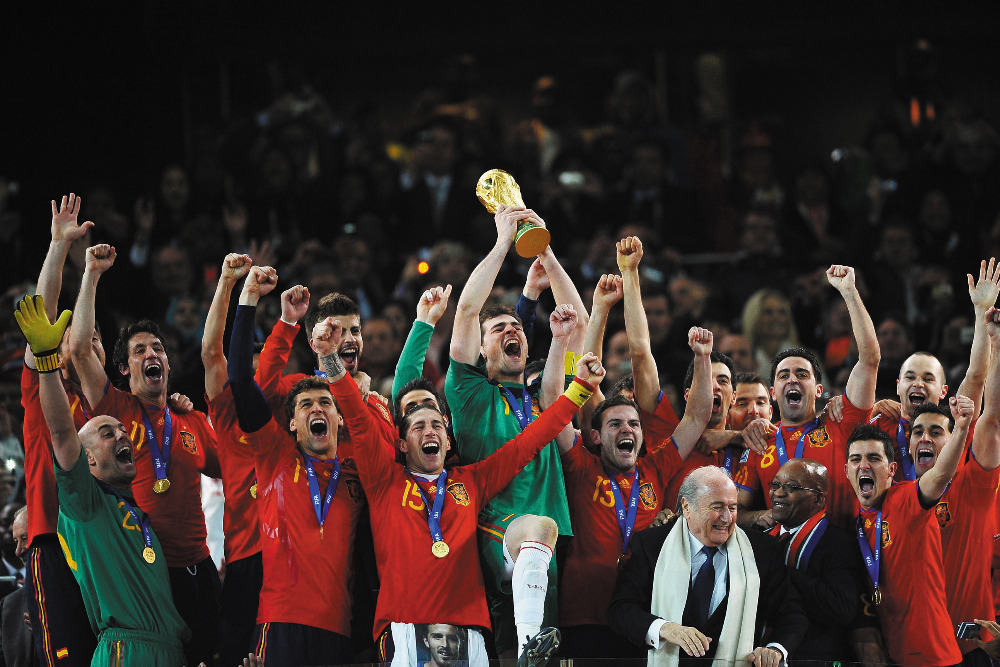 B123 Spanish national team, Spain, Football, cup Poster Art Wall Pictures for Living Room in Canvas fabric cloth Print(China (Mainland))