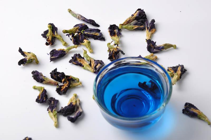 Blue Tea Dried Clitoria Ternatea Butterfly Pea tea 100g Thai Natural organic blooming Flower Thailand Nutrition food Flower Tea(China (Mainland))