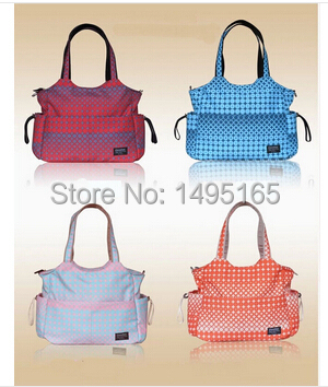 Free shipping 2016 Hot Mummy bags fashion dot design nappy bags light softness leisure baby diaper bags waterproof mom bags(China (Mainland))
